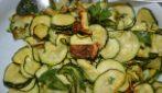 Zucchine light con la friggitrice ad aria: un contorno davvero saporito