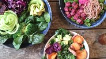 How to make delicious and colorful Buddha bowls
