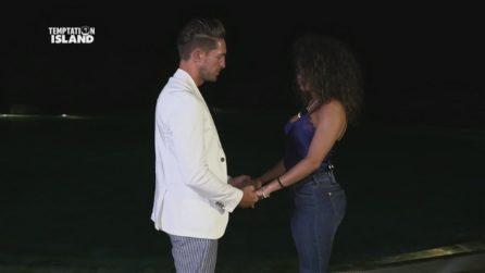 Temptation Island 2019, Vittorio cerca Vanessa dopo il falò con Katia