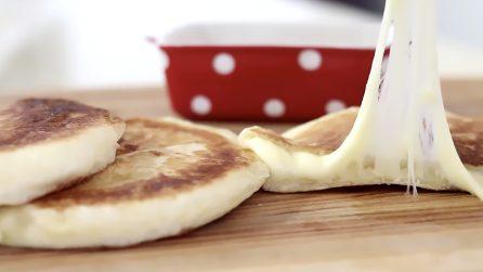 Pancakes salati e filanti: la ricetta semplice per farli in casa