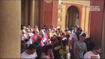Il cuore dei tifosi bolognesi: una processione per Sinisa Mihajlovic