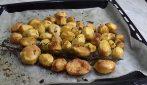 How to make tasty and crispy roast potatoes