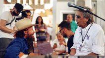 """""""Un cittadino del mondo vero"""", al Jova Beach Party di Roccella Ionica cantano Brunori e Cutugno"""