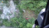 Precipita sul Matese col parapendio, recuperato dall'Aeronautica Militare