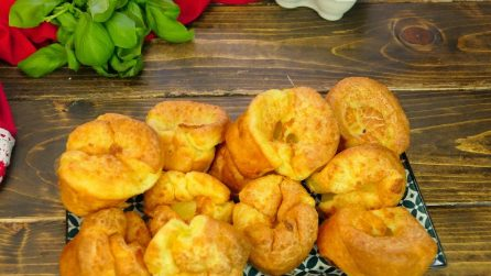 Quick and easy Yorkshire Pudding recipe: you only need 4 ingredients!