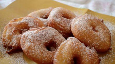 Frittelle di mele: semplici, veloci e deliziose