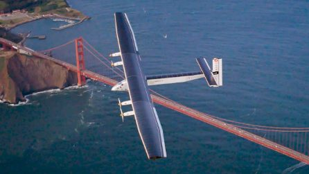 Il Solar Impulse, l'aereo del futuro. Senza carburante ha fatto il giro del mondo