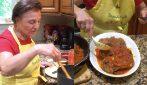 Carne alla pizzaiola di nonna Gina: la ricetta del secondo piatto saporito