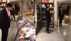 Conte fa la spesa nella bottega riaperta dopo il terremoto