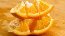 Come tagliare frutta e verdura in pochi minuti con tanti trucchetti geniali!