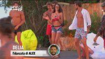 Temptation Island VIP, Delia Duran si scatena durante il party
