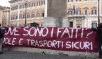 """Scuola, studenti e genitori a Montecitorio: """"Non ci sono le condizioni per riaprire"""""""