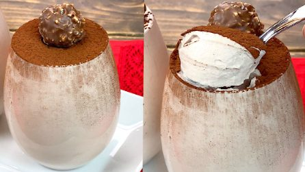 Chocolate whipped cream: how to make a delicious dessert in 5 minutes!