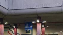 Assembramenti all'ingresso della Metro Anagnina