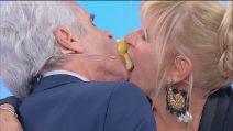 Uomini e Donne, il gioco della mela: Gemma e Jean Pierre di riprovano