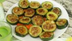Meat stuffed zucchini: an easy recipe ready in no-time!