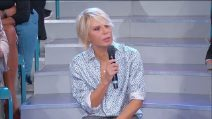 """Uomini e Donne, Maria De Filippi si spazientisce: """"Riccardo Guarnieri sei un cretino"""""""