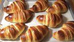 Croissant sfogliati e golosi: la ricetta per farli in casa