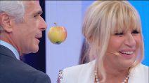 Uomini e Donne, Gemma e Jean Pierre mordono la mela