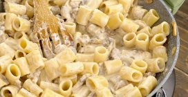 Creamy Pasta with Sausage and Mushrooms: an Italian recipe to delicious not to try!