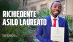 """Stephan è il primo richiedente asilo laureato in Italia: """"Ma ancora dallo Stato niente protezione"""""""