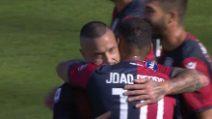 Cagliari-Spal, super gol di Nainggolan