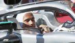 F1, Hamilton 6 volte campione: l'esultanza commossa al parco chiuso