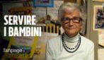 """Nicla, 90 anni, volontaria nella biblioteca di una scuola: """"Sono qui per servire i bambini"""""""