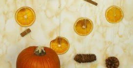 Decorazioni con arance fresche e cannella: l'addobbo fai da te profumato e bello da vedere!