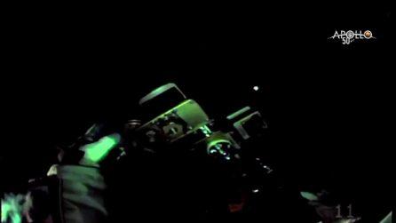 """Luca Parmitano """"passeggia"""" nello spazio: le straordinarie immagini dal suo casco"""