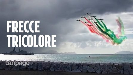 Napoli, il video delle Frecce Tricolori sul lungomare per la festa delle Forze Armate