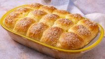 Milk sweet buns: how to make them soft and moist!