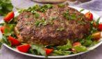 Torta di carne: un secondo piatto ricco e gustoso pronto in pochi minuti in padella!
