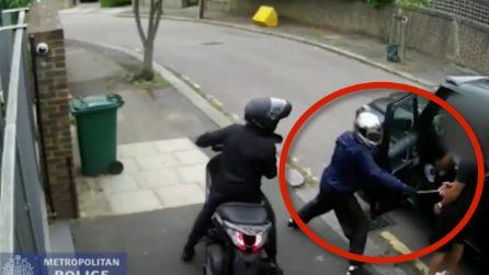 Tentata rapina ai giocatori dell'Arsenal, così Kolasinac mette in fuga i rapinatori: nuove immagini