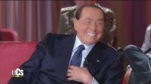 """Silvio Berlusconi al Maurizio Costanzo Show: """"Non canto più"""""""