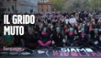 Roma, al corteo di Non una di Meno il 'grido muto' per le donne che non hanno voce