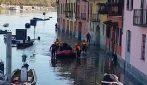 Maltempo, il fiume Ticino esonda a Pavia: inondato il Borgo basso