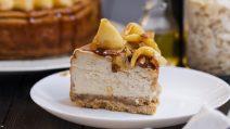 Cheesecake mele e caramello: sarà uno dei dolci più buoni mai realizzati!