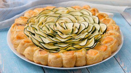 Torta di pasta sfoglia con salmone e zucchine: il risultato è sorprendente!
