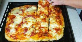 Pizza focaccia: la ricetta semplice e veloce per farla in casa