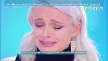"""Mercedesz Henger piange per Riccardo Schicchi: """"Sta diventando una cosa schifosa questa faida"""""""