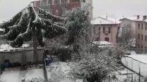 Bergamo, arriva la neve: il paesaggio imbiancato a Fiorano al Serio