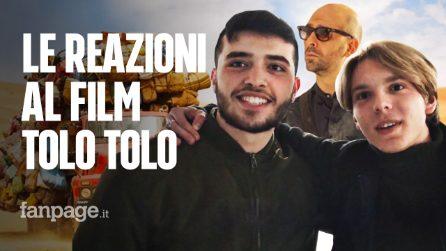 """""""Prende in giro gli italiani, non i migranti"""": le reazioni della gente dopo aver visto Tolo Tolo"""