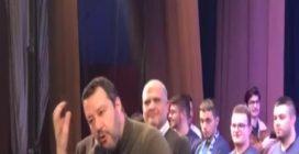 """Matteo Salvini: """"Checco Zalone razzista? Lo voglio senatore a vita"""""""