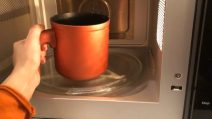 How to clean and disinfect the microwave naturally