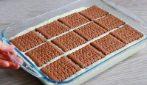 Quadrotti senza cottura: la ricetta del dessert cremoso e goloso