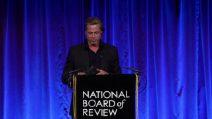 "Brad Pitt ringrazia Bradley Cooper al NBR 2020: ""Sobrio grazie a te"""