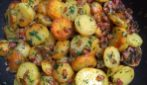 Potato and bacon in a pan: a very delicious side dish