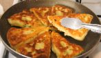 Bread cheese triangles: the easy recipe to enjoy your meal