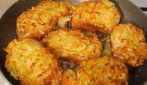 Potato fritters: the tasty way to reuse stale bread